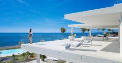 Emare Estepona eerstelijns appartement met zeezicht