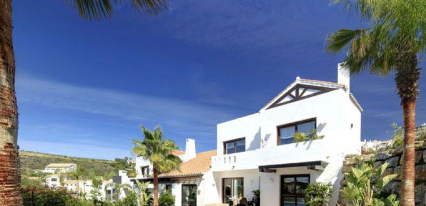 La Siesta: Luxe Villa in Benahavis