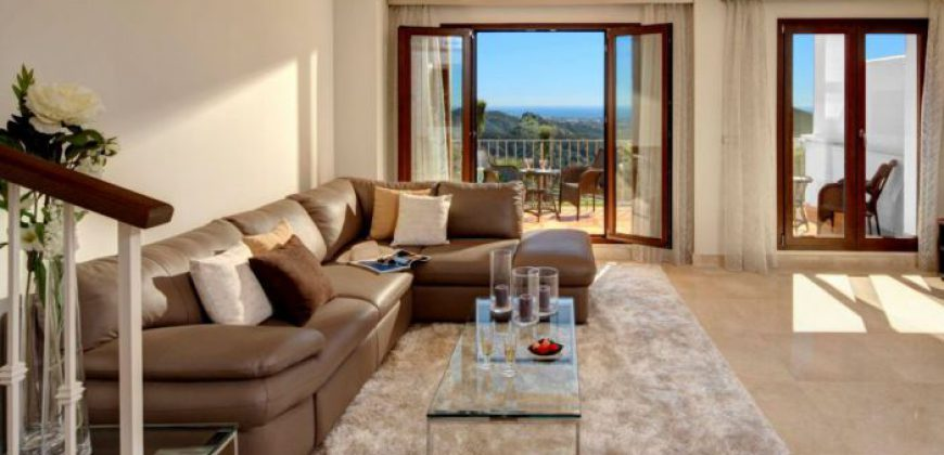 Moderne kwaliteitsvilla's met spectaculair uitzicht: Benahavis Hills
